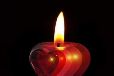 candle-386607__340